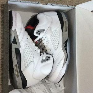 Jordan 5 white cement size 10.5